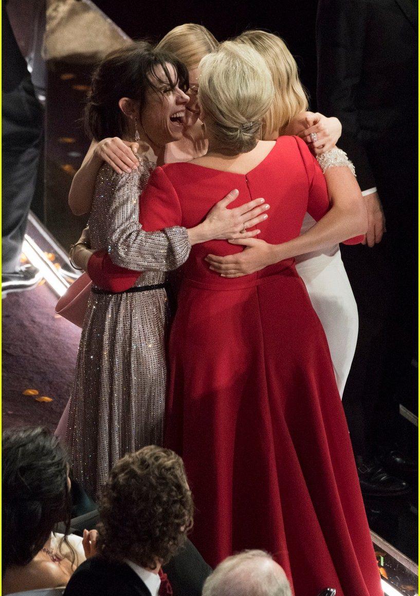 Las mejores actrices se abrazan - GetxoExpress